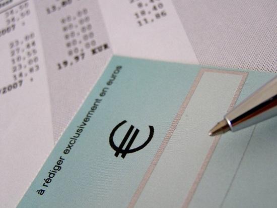 Délai d'encaissement d'un chèque de banque : combien de temps faut-il attendre ?